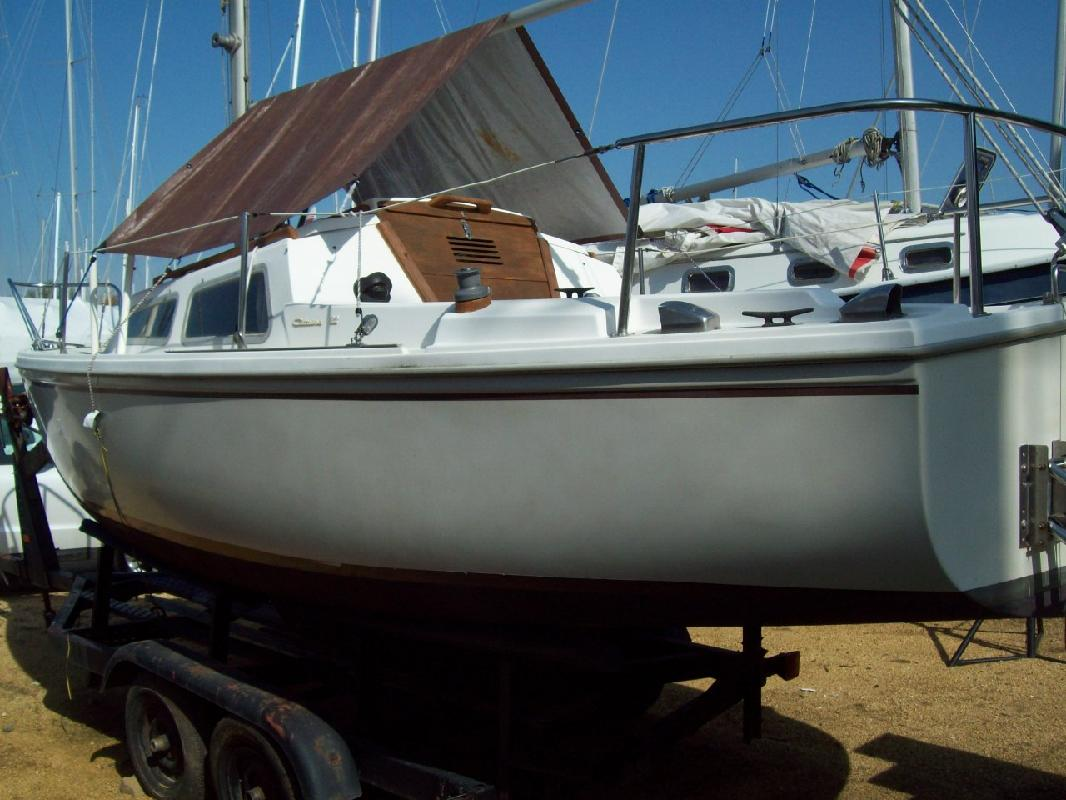 1987 22' CATALINA YACHTS Catalina 22 for sale in Mayo