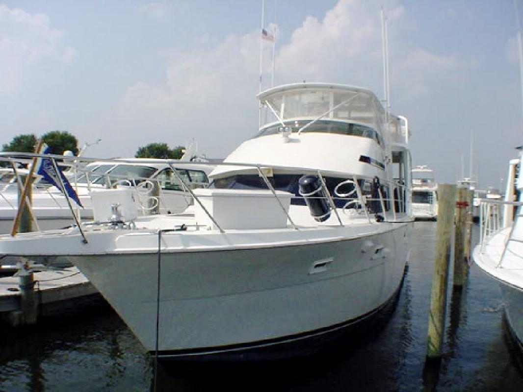 1993 52' Hatteras Yachts Cockpit Motoryacht