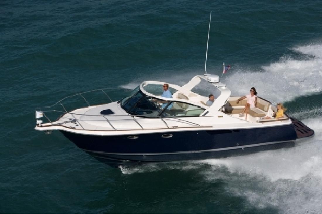 2012 31' Tiara Yachts Coronet