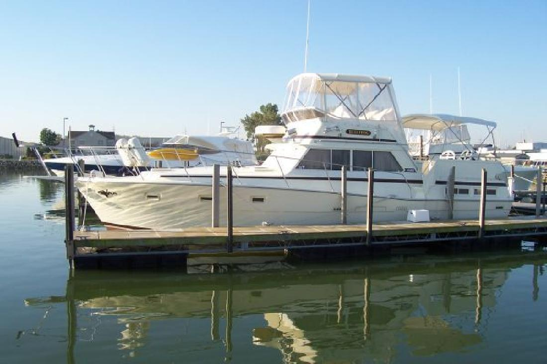 1981 43 39 viking yachts double cabin for sale in sandusky for Viking 43 double cabin motor yacht