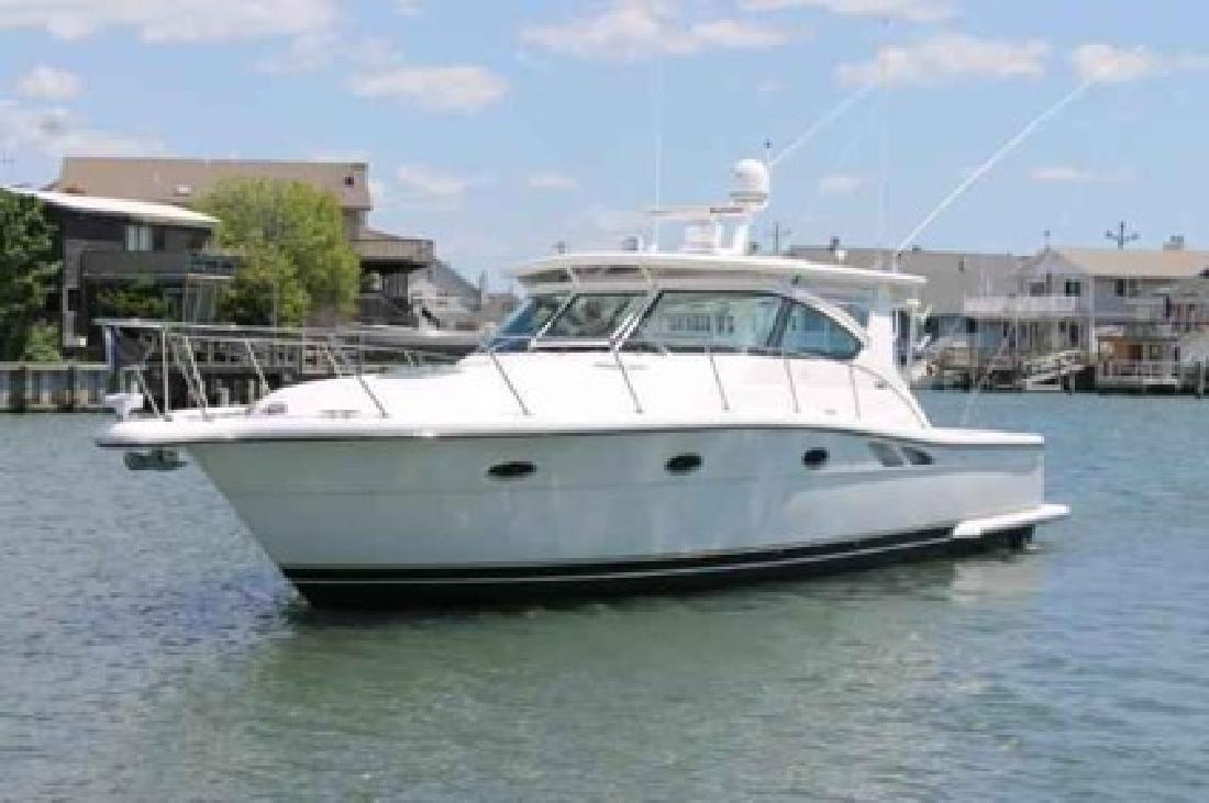 $199,000 Used 2011 Tiara Yachts Express