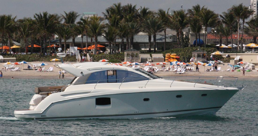 2013 44' Prestige Yachts Express Cruiser