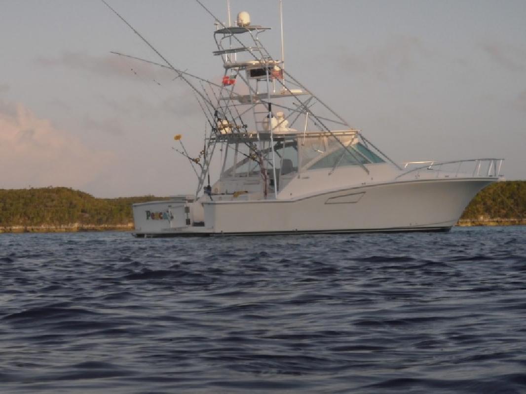 2001 45' Cabo Yachts, Inc. Express