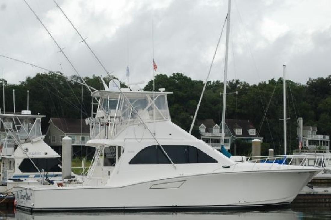 2001 47' Cabo Yachts, Inc. Flybridge