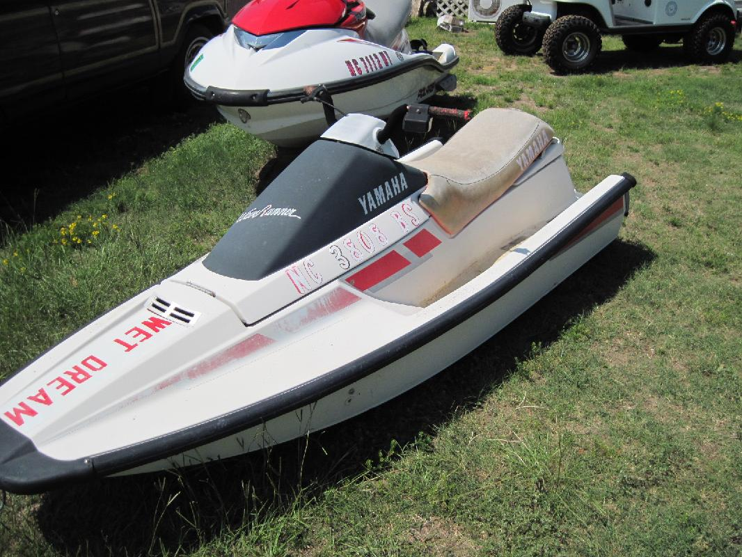 Jet Drive Boat's Hull http://moreheadcity.allboatlistings.com/28557 ...