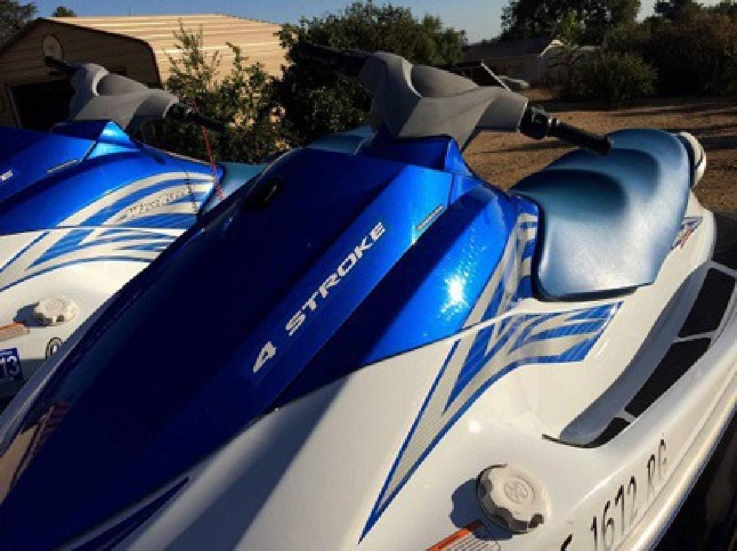 $3,000 2006 Tow Yamaha vx110