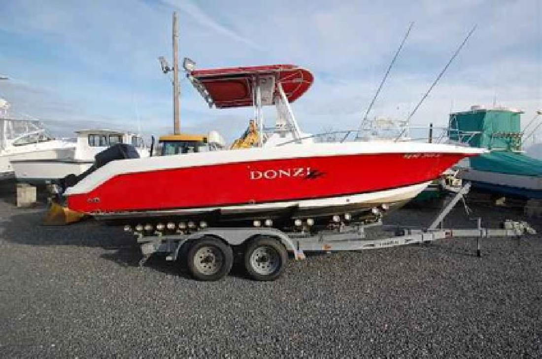 $12,500 2000 Donzi 23 ZF Center Console